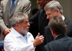 Lula conversa com Harper