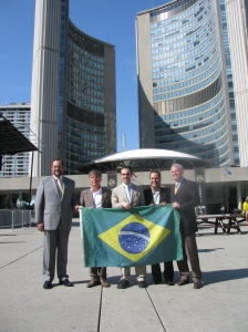 Autoridades brasileiras e canadenses na cerimônia