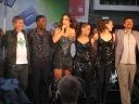 Ivete se despede junto com dançarinos, Serginho e um integrante da banda